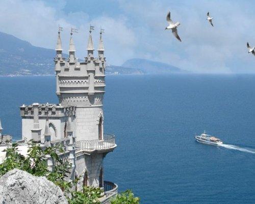 Крым назвали самым желанным местом проведения отпуска среди россиян